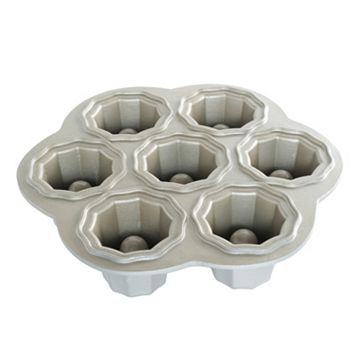 Nordic Ware Cookies & Cream Baking Pan