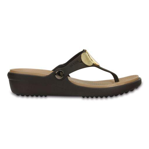Crocs Sanrah Hammered-Circles Women's Wedge Sandals