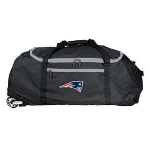 New EnglandPatriots Wheeled Collapsible Duffle Bag
