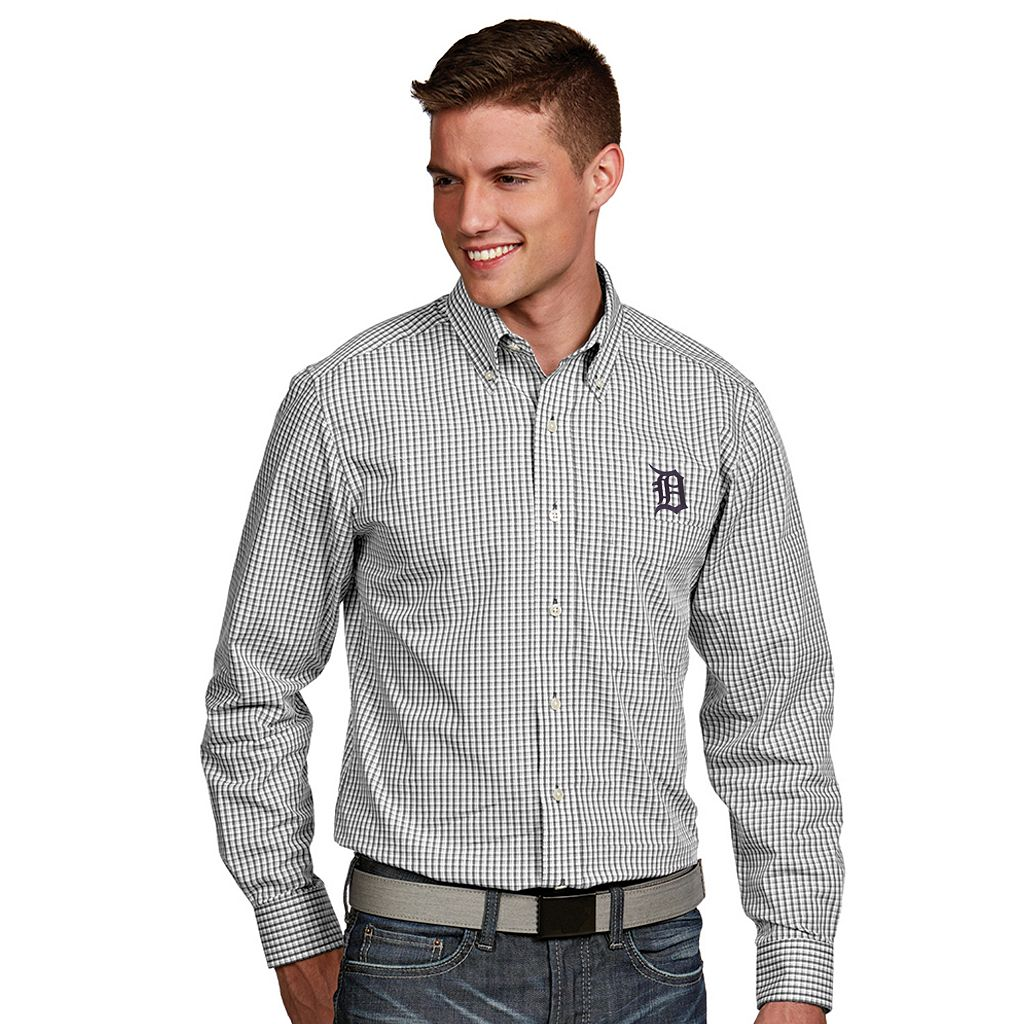 Men's Antigua Detroit Tigers Associate Plaid Button-Down Shirt