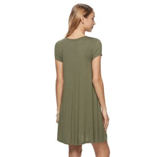 Juniors' SO® Solid Swing Dress