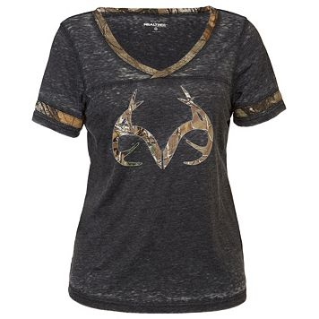 Women's Realtree Bell Burnout Camo Tee