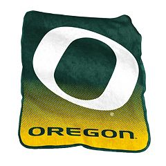 Logo Brand Oregon Ducks Raschel Throw Blanket
