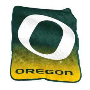 Logo Brand Oregon Ducks Raschel Throw Blanket