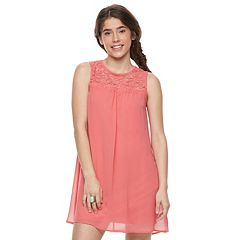 Juniors' Lily Rose Lace-Yoke Shift Dress