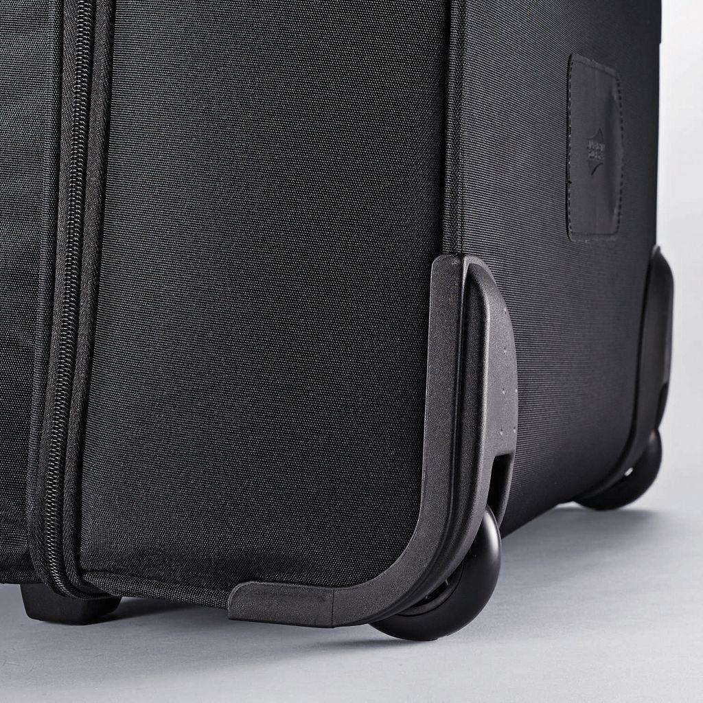 American Tourister iLite Max Wheeled Boarding Bag