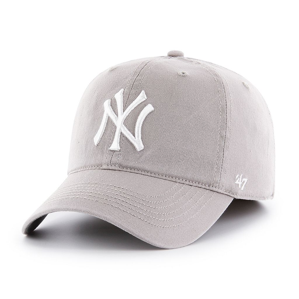 Adult '47 Brand New York Yankees Roper Closer Fitted Cap