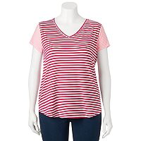 Juniors' Plus Size SO® Striped V-Neck Tee