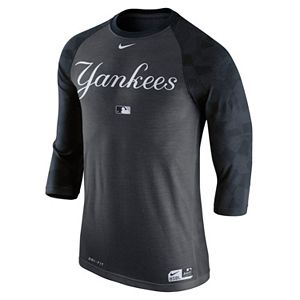 premium selection 6e6e9 32606 Men s Nike New York Yankees AC Dri-FIT Raglan Tee