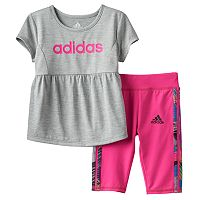 Toddler Girl adidas Babydoll Graphic Tunic & Capri Set