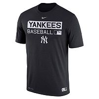 Men's Nike New York Yankees AC Team Issue Legend Dri-FIT Lightweight Tee