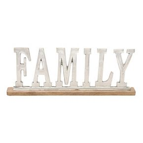 ''Family'' Sign Table Decor