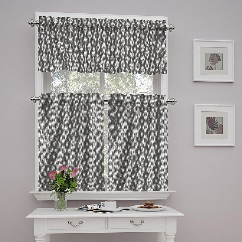 Traditions By Waverly Strands Tier & Valance Kitchen