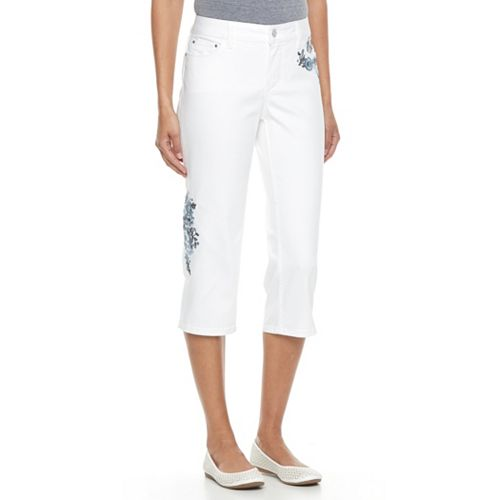 Women's Croft & Barrow® Floral Embroidered Capri Jeans