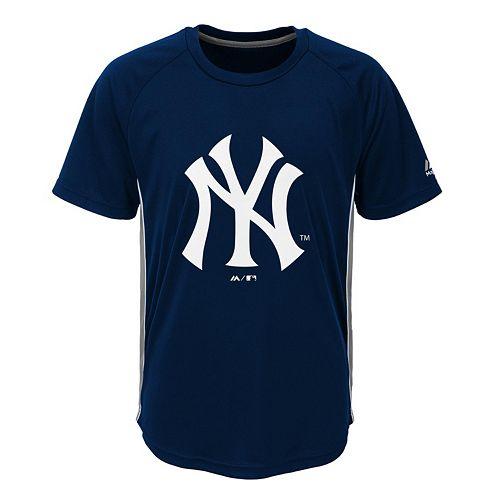 Boys 8-20 Majestic New York Yankees Champ Tee