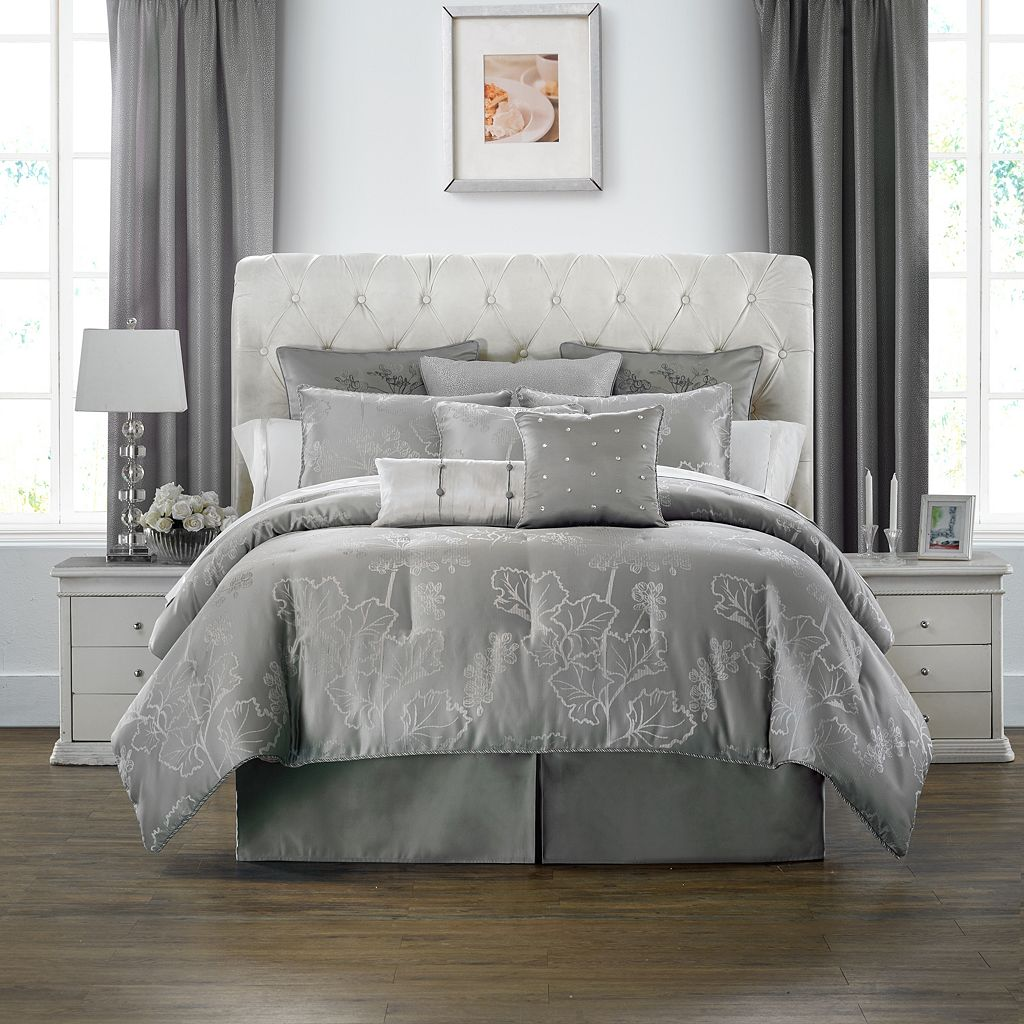 Marquis by Waterford 4-piece Lauren Comforter Set