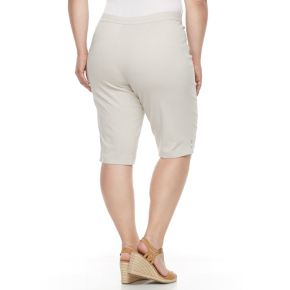 Plus Size Napa Valley Embellished Skimmer Capris