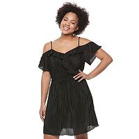 Juniors' Plus Size Candie's® Ruffle Cold Shoulder Dress