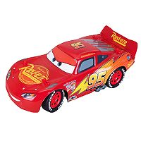 Disney / Pixar's Cars 3 12