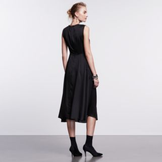 Petite Simply Vera Vera Wang Simply Noir Satin Shift Dress