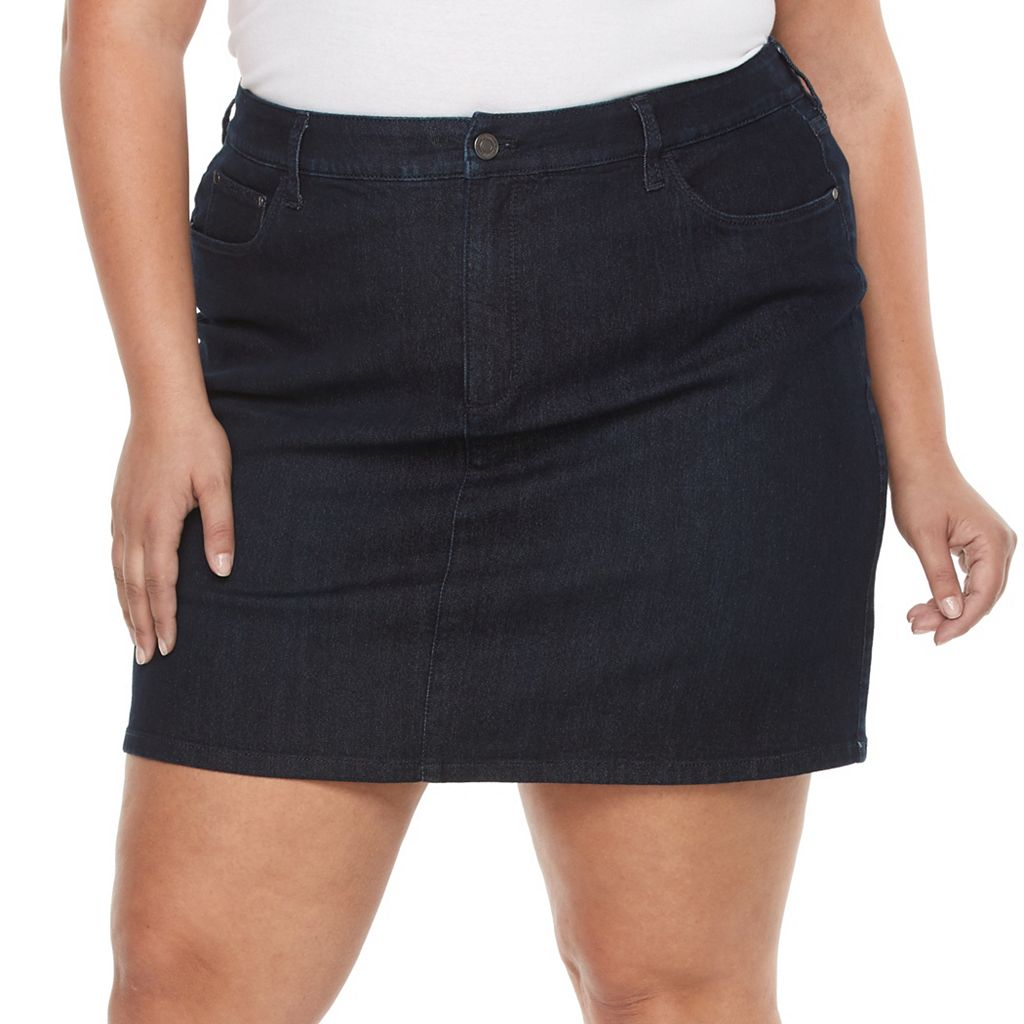 Plus Size Croft & Barrow® Essential Jean Skort