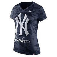 Women's Nike New York Yankees Pattern Dri-FIT Tee