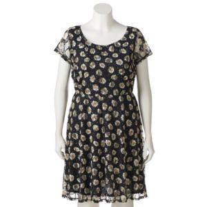 Juniors' Plus Size Wrapper Floral Lace A-Line Dress