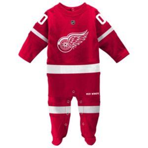 Baby Reebok Detroit Red Wings Footed Bodysuit