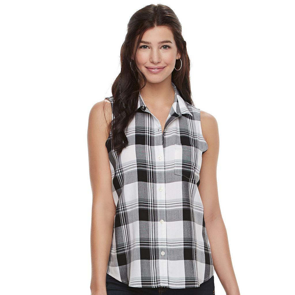Juniors' SO® Pleated Sleeveless Shirt