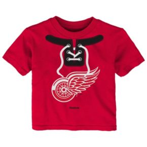 Toddler Reebok Detroit Red Wings Lace-Up Graphic Tee