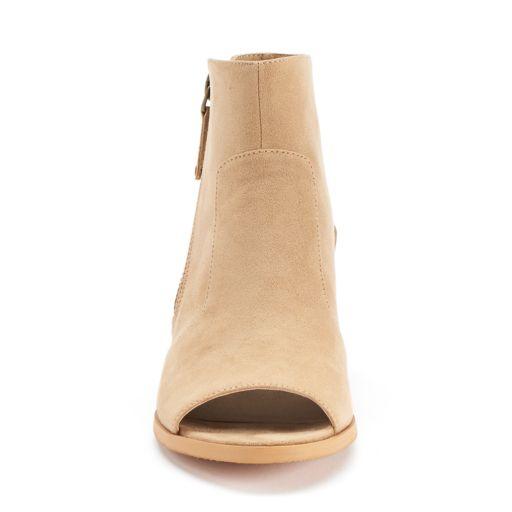 Unleashed by Rocket Dog Clarkson Women's Peep Toe Booties