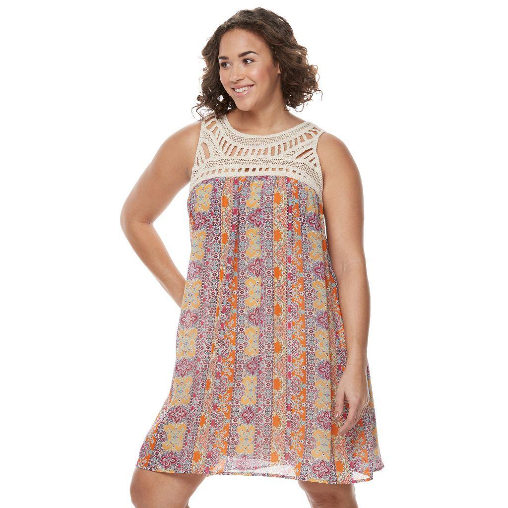 Juniors' Plus Size Speechless Crochet Shift Dress