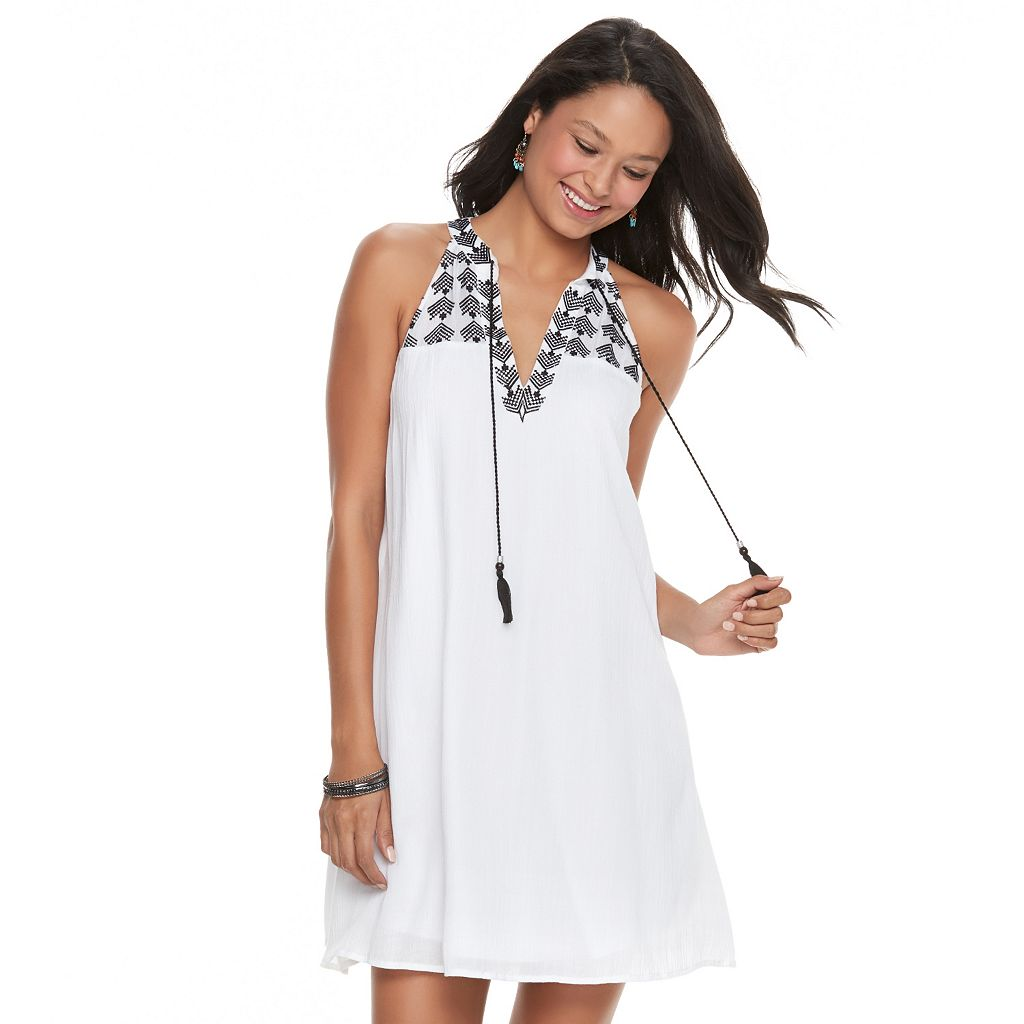 Juniors' Speechless Embroidered Tassel Shift Dress