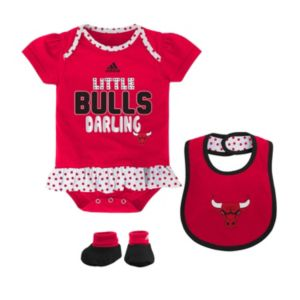 Baby adidas Chicago Bulls 3-Piece Little Darling Bodysuit Set