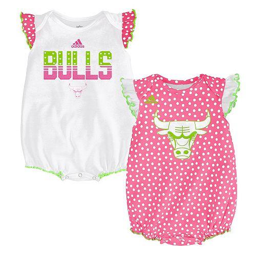 new concept f7211 ea1e1 Baby adidas Chicago Bulls Polka-Dot Bodysuit Set