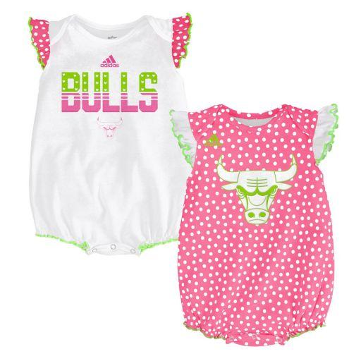 Baby adidas Chicago Bulls Polka-Dot Bodysuit Set