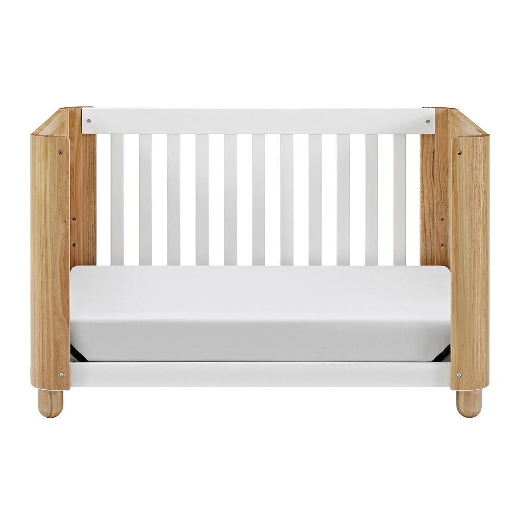 Status Roland 3-in-1 Convertible Crib