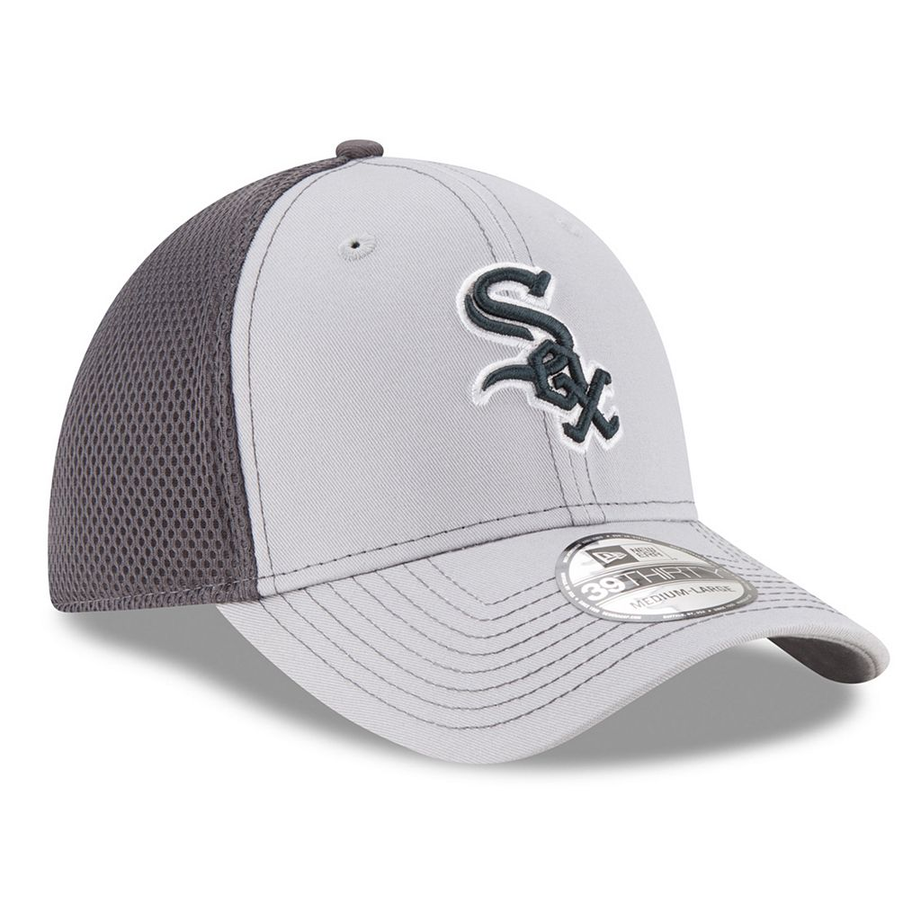 Adult New Era Chicago White Sox 39THIRTY Grayed Out Neo 2 Flex-Fit Cap