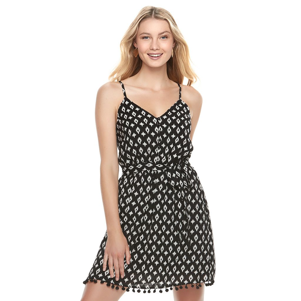 Juniors' Lily Rose Belted Button Front Shift Dress