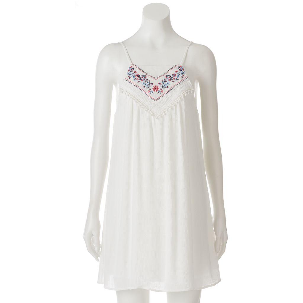Juniors' Trixxi Embroidered Shift Dress