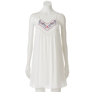 Juniors' Trixxi Embroidered Shift Dress