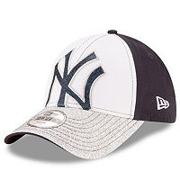 Youth New Era New York Yankees Shimmer Shine 9FORTY Adjustable Cap