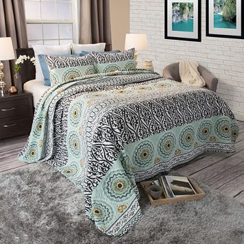 Portsmouth Home Muna Cotton Quilt Set