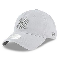 Women's New Era New York Yankees 9TWENTY Glisten Adjustable Cap
