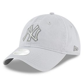 Women's New Era New York Yankees 9TWENTY Glisten Adjustable Cap