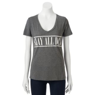 "Juniors' ""Slay All Day"" V-Neck Graphic Tee"