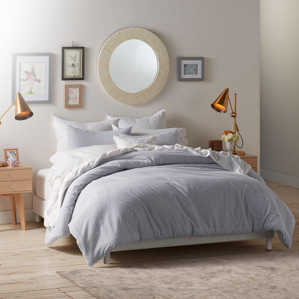 Lauren Conrad Swiss Dot Comforter Set