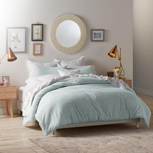 LC Lauren Conrad Swiss Dot Comforter Set
