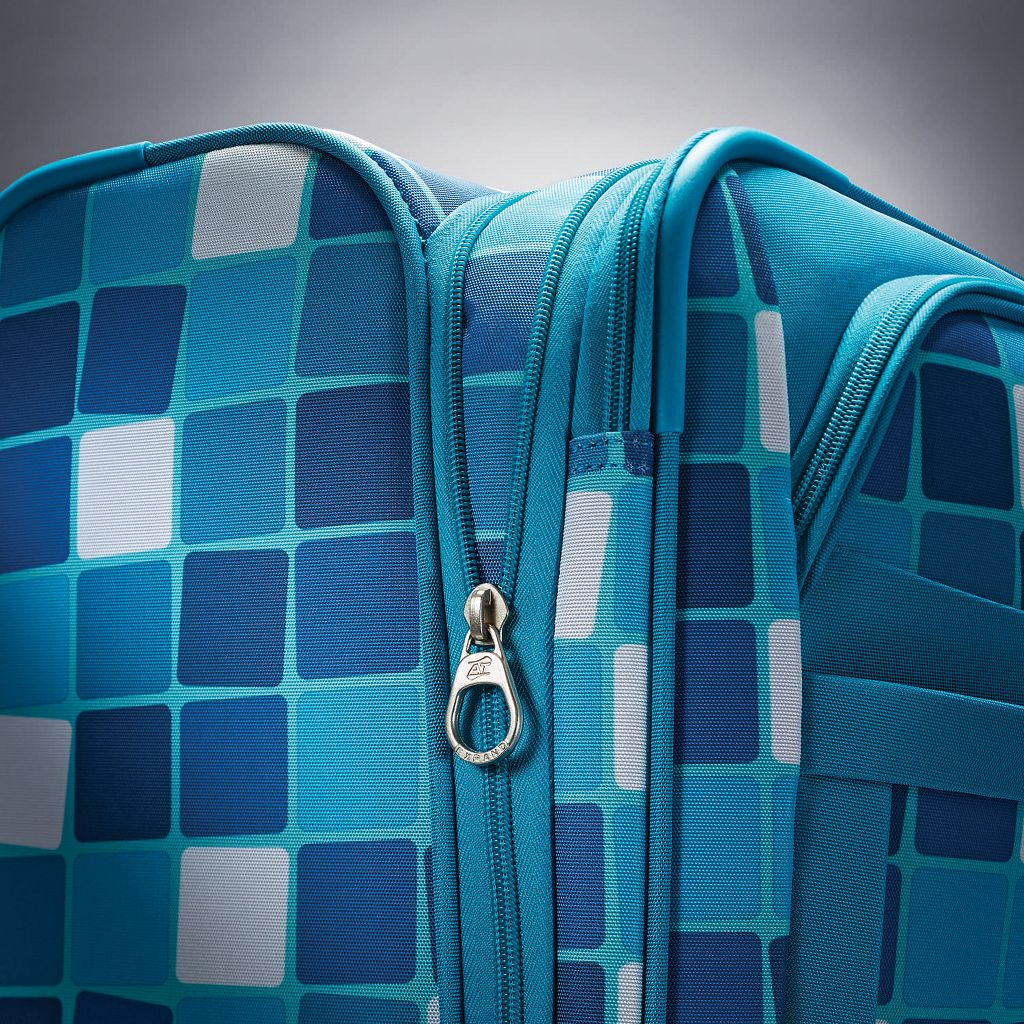American Tourister iLite MAX Checks Spinner Luggage