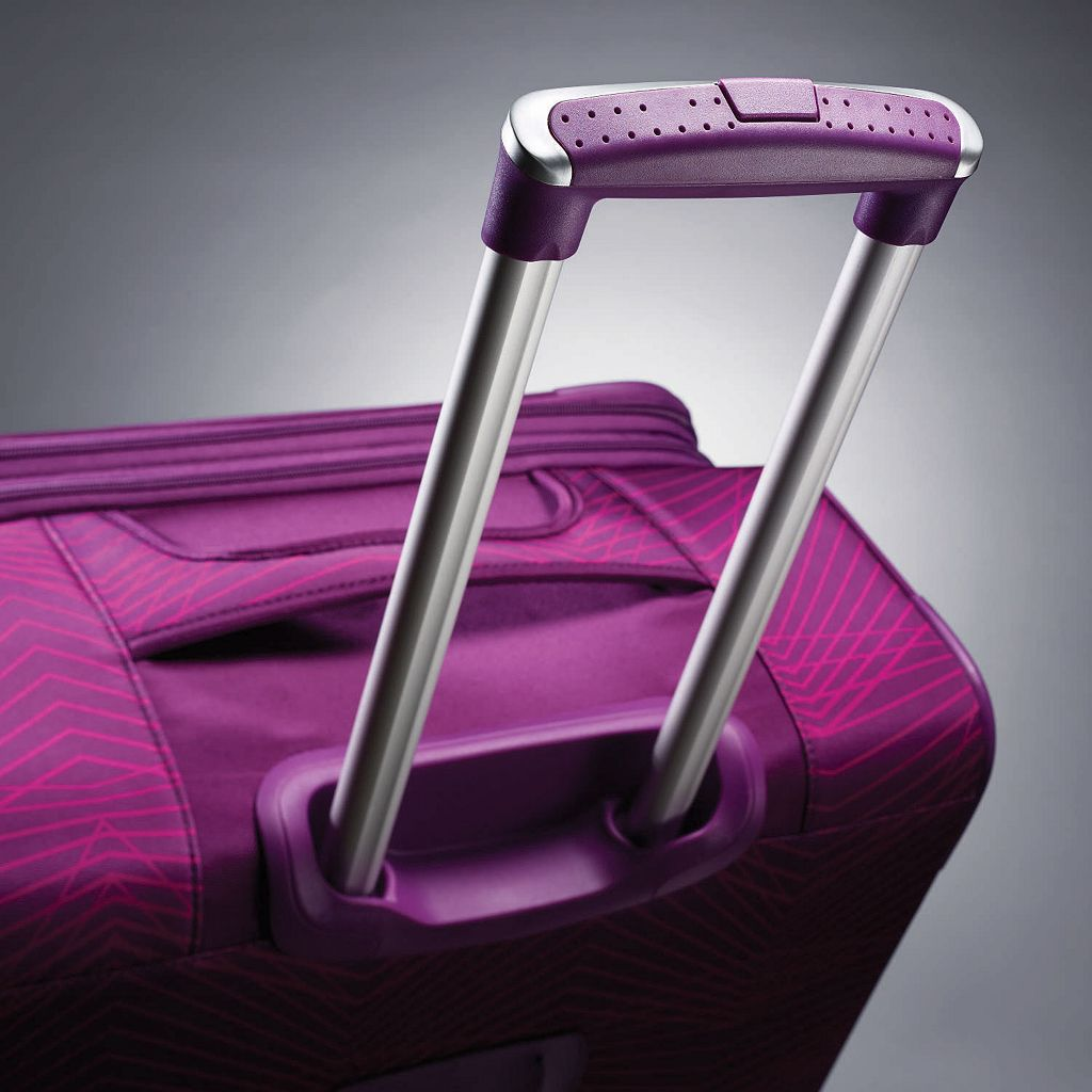 American Tourister iLite MAX Stripes Spinner Luggage